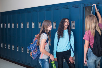 The Confidence Gap for Girls: 5 tips for parents of tween and teen girls